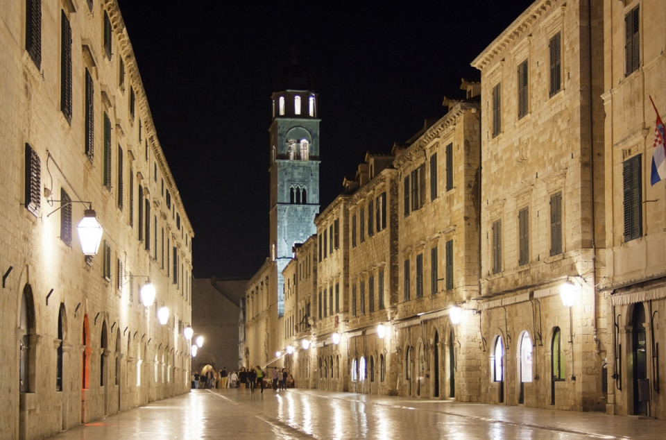 Stradun in Dubrovnik at night